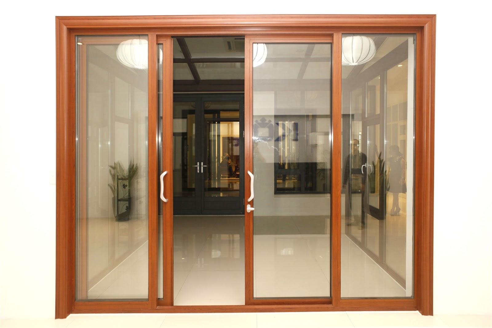 cửa nhựa lõi thép màu vân gỗ