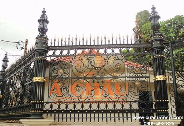 mẫu cổng biệt thự và hàng rào hiện đại