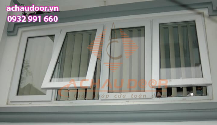 Mẫu cửa sổ mở hất màu trắng